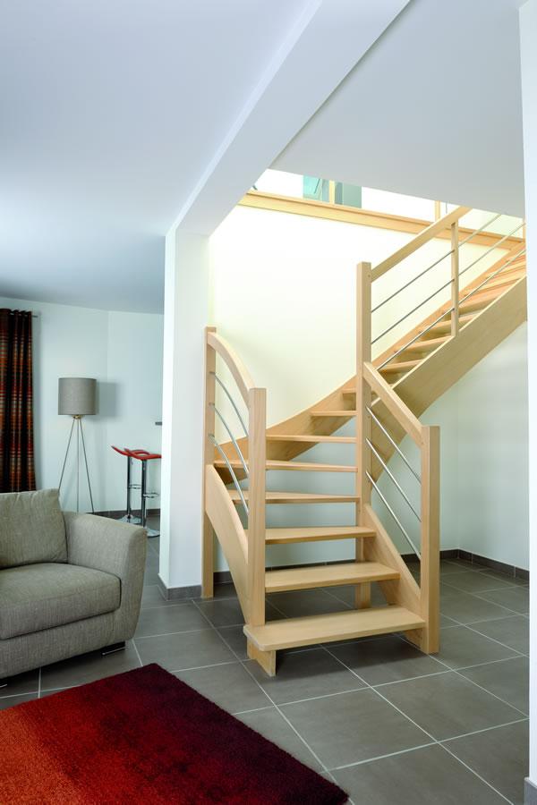 Escalier - Escalier milieu de piece ...
